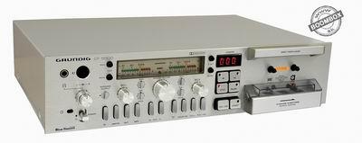 Grundig CF 5500 frontloader cassette deck